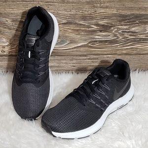 New Nike Run Swift Black Running Shoes